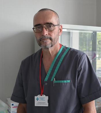 Д-р Евелин Бурмов
